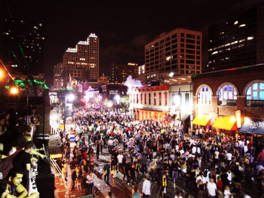 music industry turns its eye to iowa at sxsw. Black Bedroom Furniture Sets. Home Design Ideas