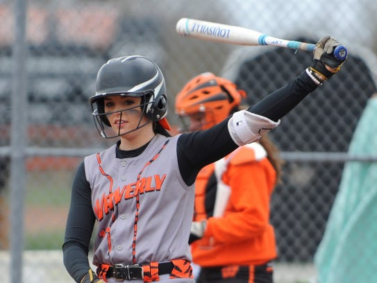Waverly's Kalicia Doles takes a practice swing before