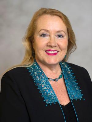 Dr. Irina Benaur