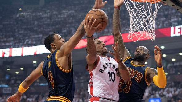 USA TODAY Sports' Jeff Zillgitt breaks down Toronto's Game 4 win over Cleveland that tied the series at two games apiece.