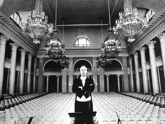 Greenville Symphony Music Director Edvard Tchivzhel