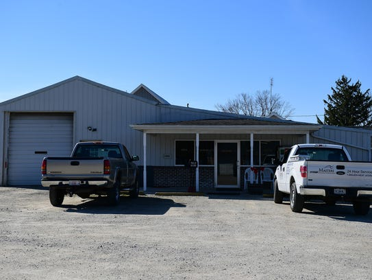 The exterior of the Zahm Trailer Sales Office and Repair