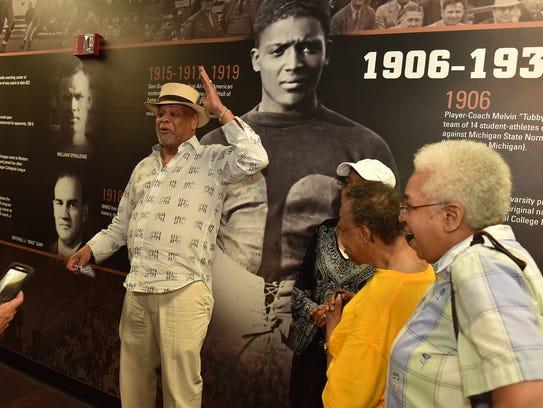 Samuel Dunlap's nephew, Moses Easley, visited Western