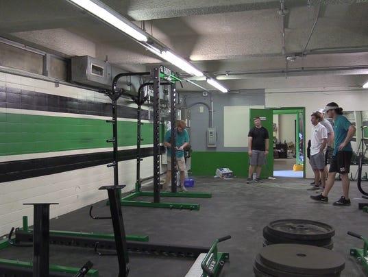 Thanks Shaq! Lafayette High School installs new weight room