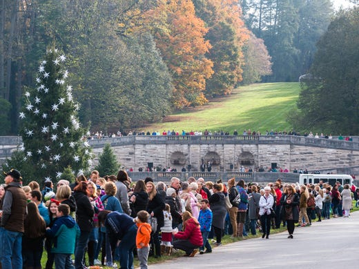 Biltmore Christmas.Biltmore Christmas Numbers 113 Trees 10 227 Feet Of