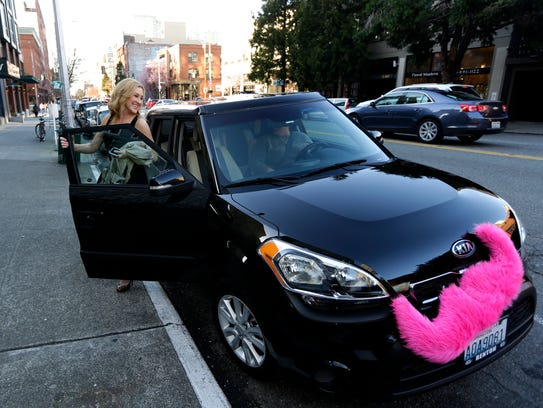 Lyft Is Doing Away With Its Trademark Pink Mustache