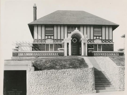 Krakauer house photo by Otis A. Aultman, 1915.