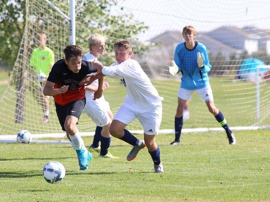 -bison boys soccer.jpg_20170826 (2).jpg