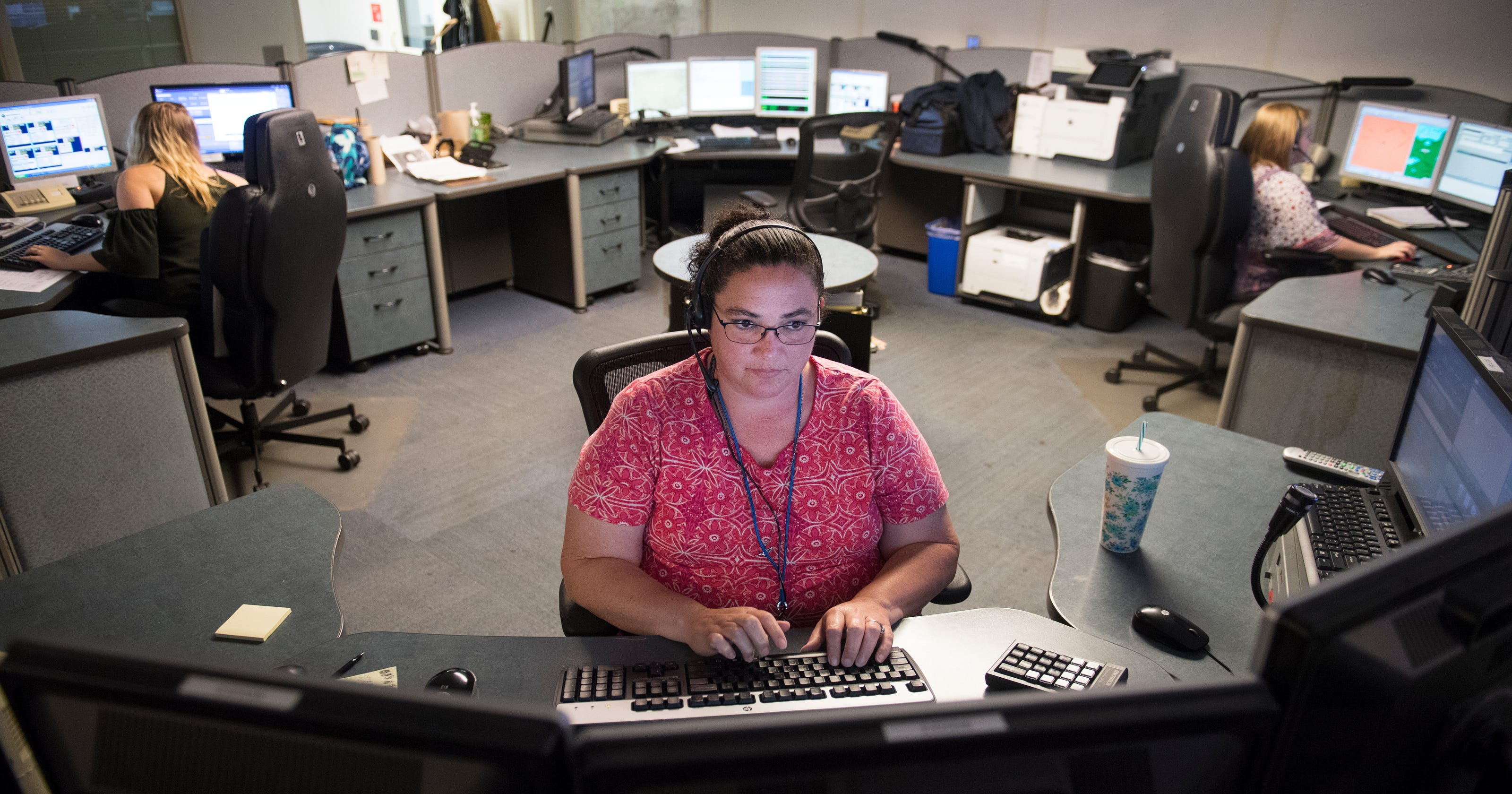 911 dispatchers are in short supply, slowing average