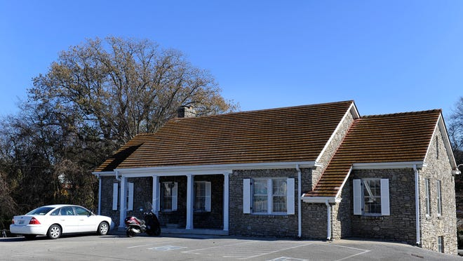 The former home and office of Col. Tom Parker in Madison, Tenn., is under contract to a carwash developer.
