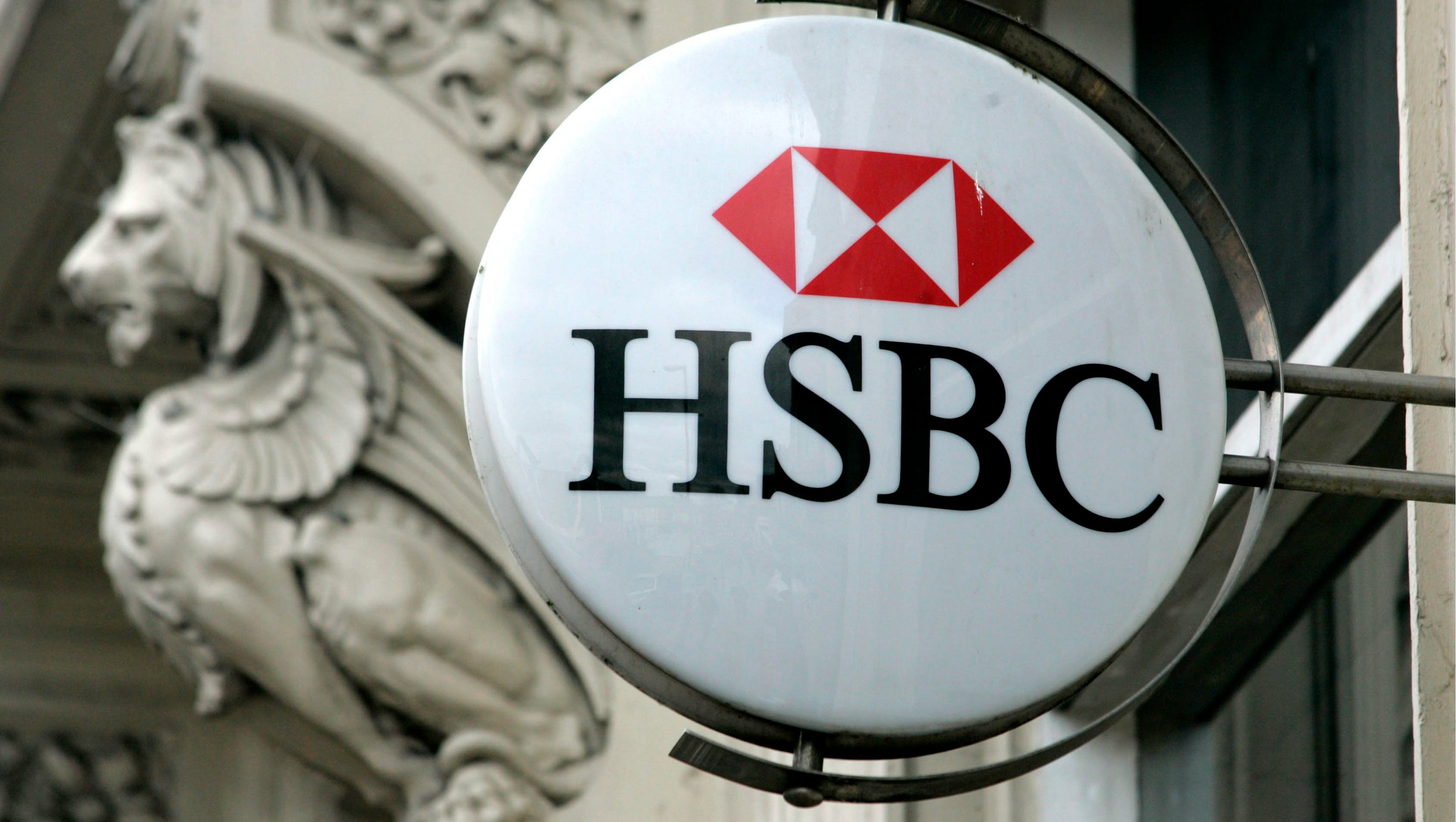 Report accuses hsbc of helping clients evade tax
