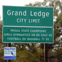 Grand Ledge city limits sign
