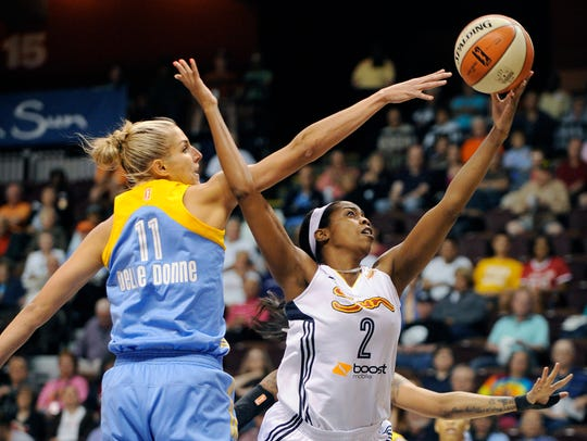 Connecticut Sun's Camille Little (2) is blocked by