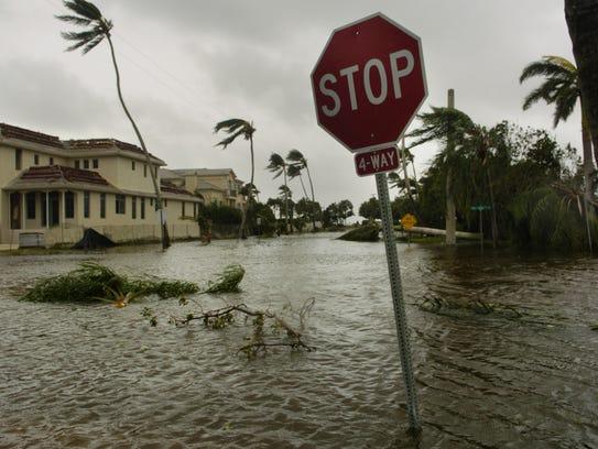 Todd Stubing - The News-Press - Hurricane Wilma flooded