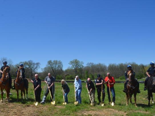 Hendersonville Mounted Patrol, aldermen and police