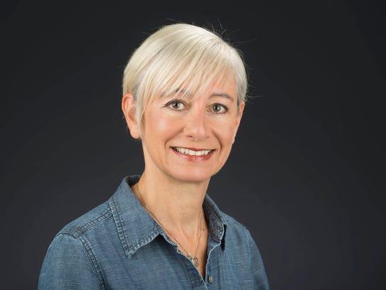 Leslie Snow, News Sentinel columnist.