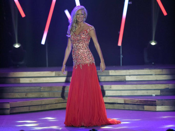 Dalee Kimble - Miss Leaf River Valley - Wednesday evening preliminary competition at the Miss Mississippi Pageant at the Vicksburg Convention Center in Vicksburg.