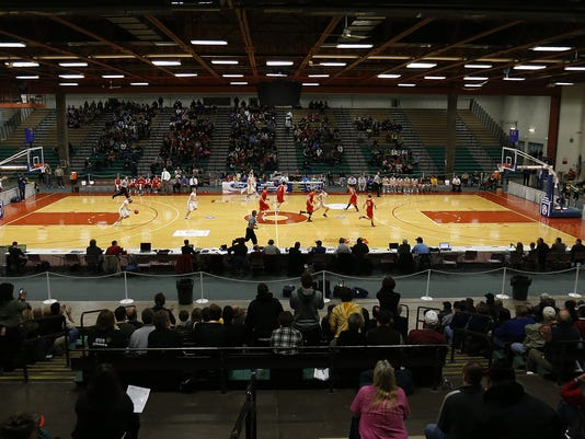 -Basketball Four Seasons Arena.jpg.jpg_20130415 (2).jpg