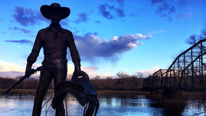 A 1.3-mile trail helps visitors and locals enjoy the levee in Fort Benton. A Fort Benton native is proposing extending the trail into a loop around the town.