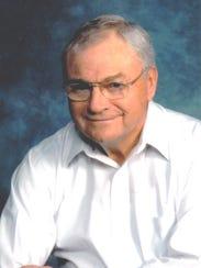 Larry Hinton 3.jpg