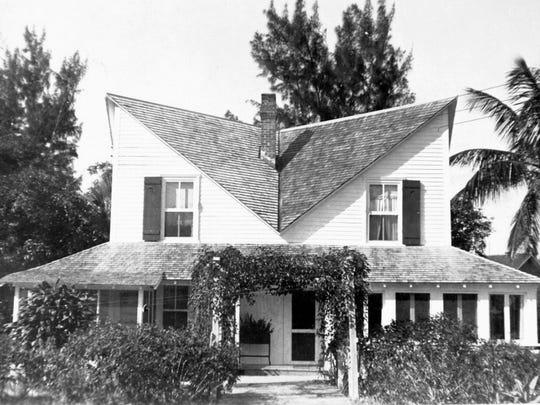 Platt-Porter home (Owl House), 1930s.