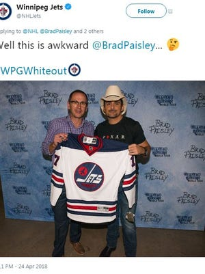 The Winnipeg Jets Twitter account has been responding to country music stars that are fans of the Predators with images of them sporting Jets gear.