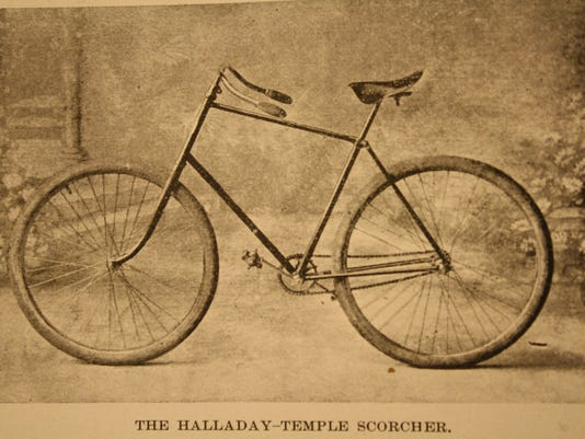 636372806212291323-Halliday-Temple-Scorcher-Bicycle--1892.jpg