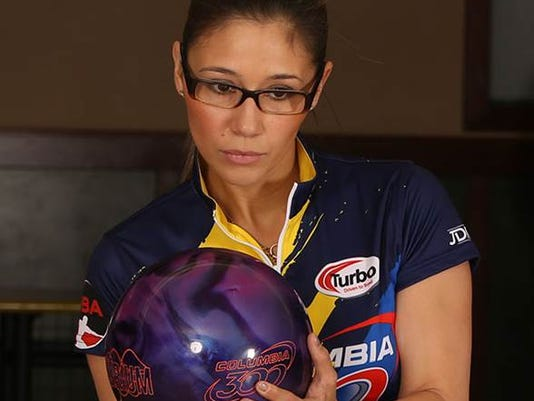 635899311101053319-Clara-Guerrero-InternationalProBowler-2016.jpg