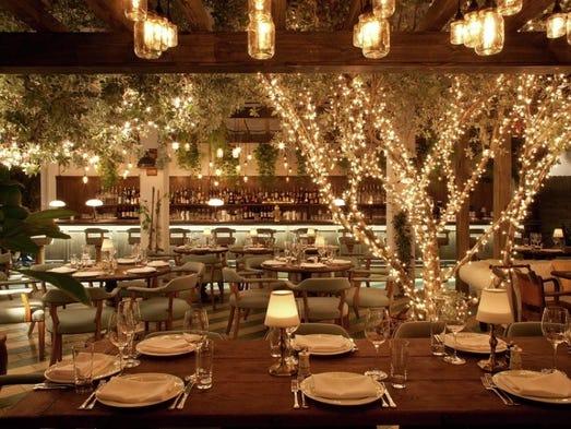 Top  Romantic Restaurants In Savannah