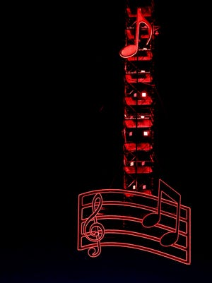 The music note sits on top of the Jack Daniel's Stage ready to welcome in 2016 during the New Year's Eve Bash on Broadway.