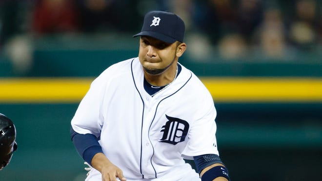 Alex Gonzalez batted .167 with the Tigers.