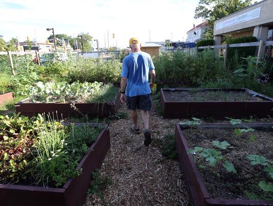 CCI-Id: B6932870256Z.1 Community Gardens