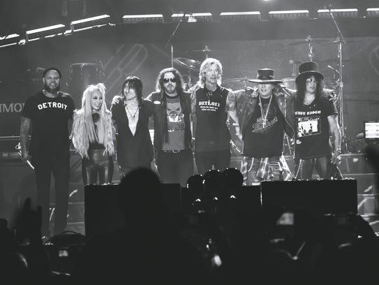 Guns N' Roses take a final bow Thursday night at Ford