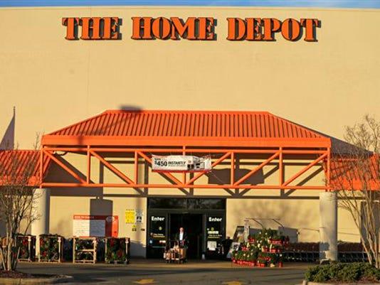 Home+Depot-Hiring_Fett.jpg