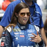 Tony Stewart: Danica Patrick can do what '95 percent of the drivers in the field' can't