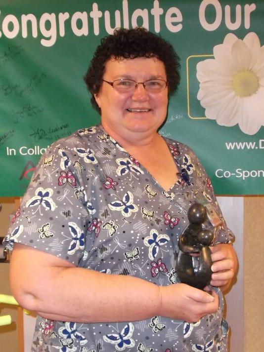 MNH 0929 Daisy award.jpg