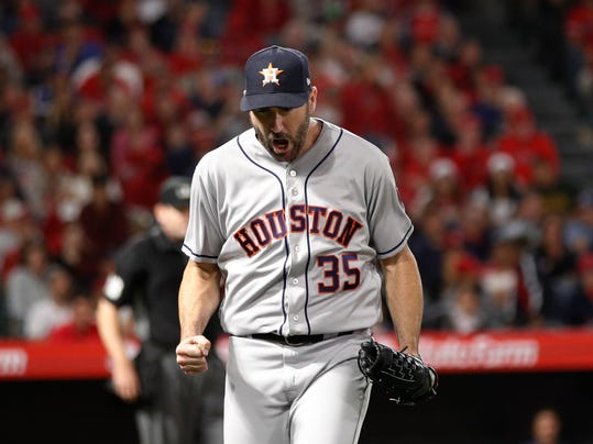 Astros_Angels_Baseball_98655.jpg