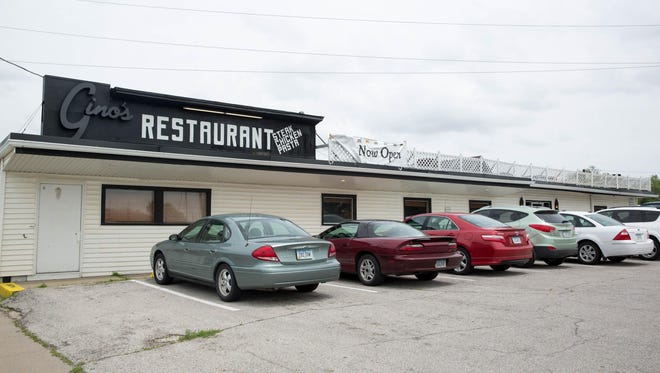 Gino's restaurant will close after nearly 50 years on Des Moines' north side later this month.