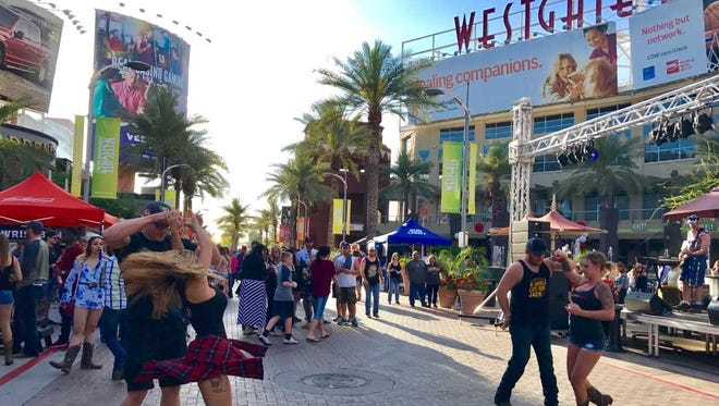 Westgate Entertainment District in Glendale encompasses 533,000 square feet of retail shops, restaurants, offices and residences.
