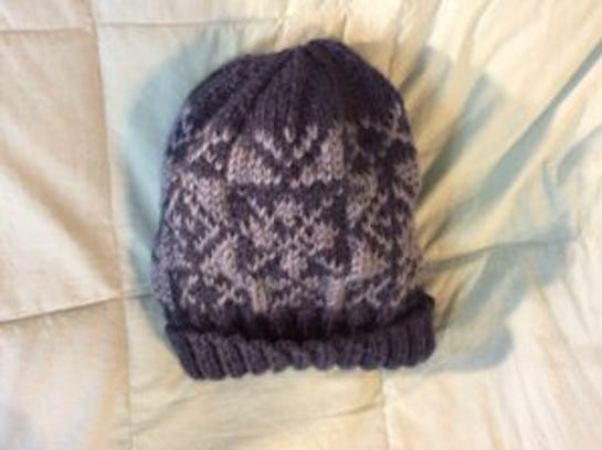 John's hat is all done, and I can't wait to give it to him. Hope he likes it.