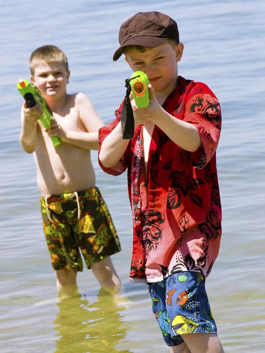 Squirt gun kids.jpg