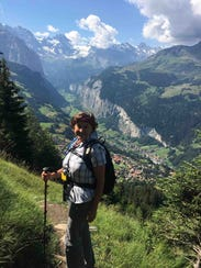 Lisa Jones on the trail from Mannlichen to Wengen,