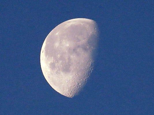 Moon No Dark Side