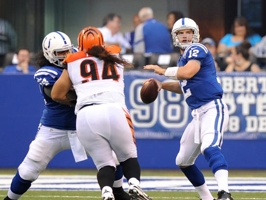 Colts quarterback Andrew Luck gets ready to launch