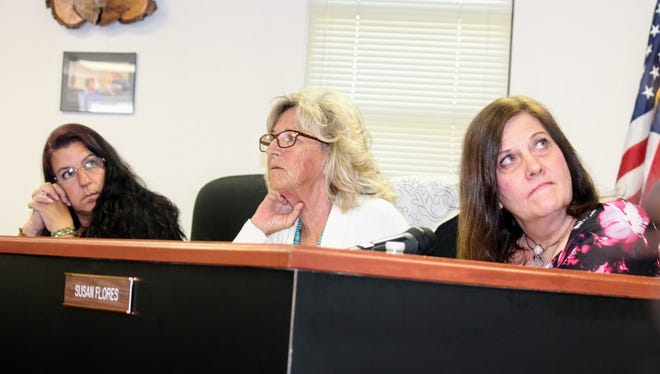 Otero County Commissioners voted to remain neutral when it comes to the controversial Salt Basin Deep Borehole Research Project but recognized the strong opposition from county residents Friday, May 12.