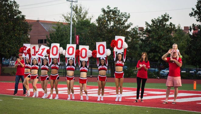 With the help of Govs cheerleaders, the local nonprofit announced its 2017-2018 campaign goal of $1,100,000.