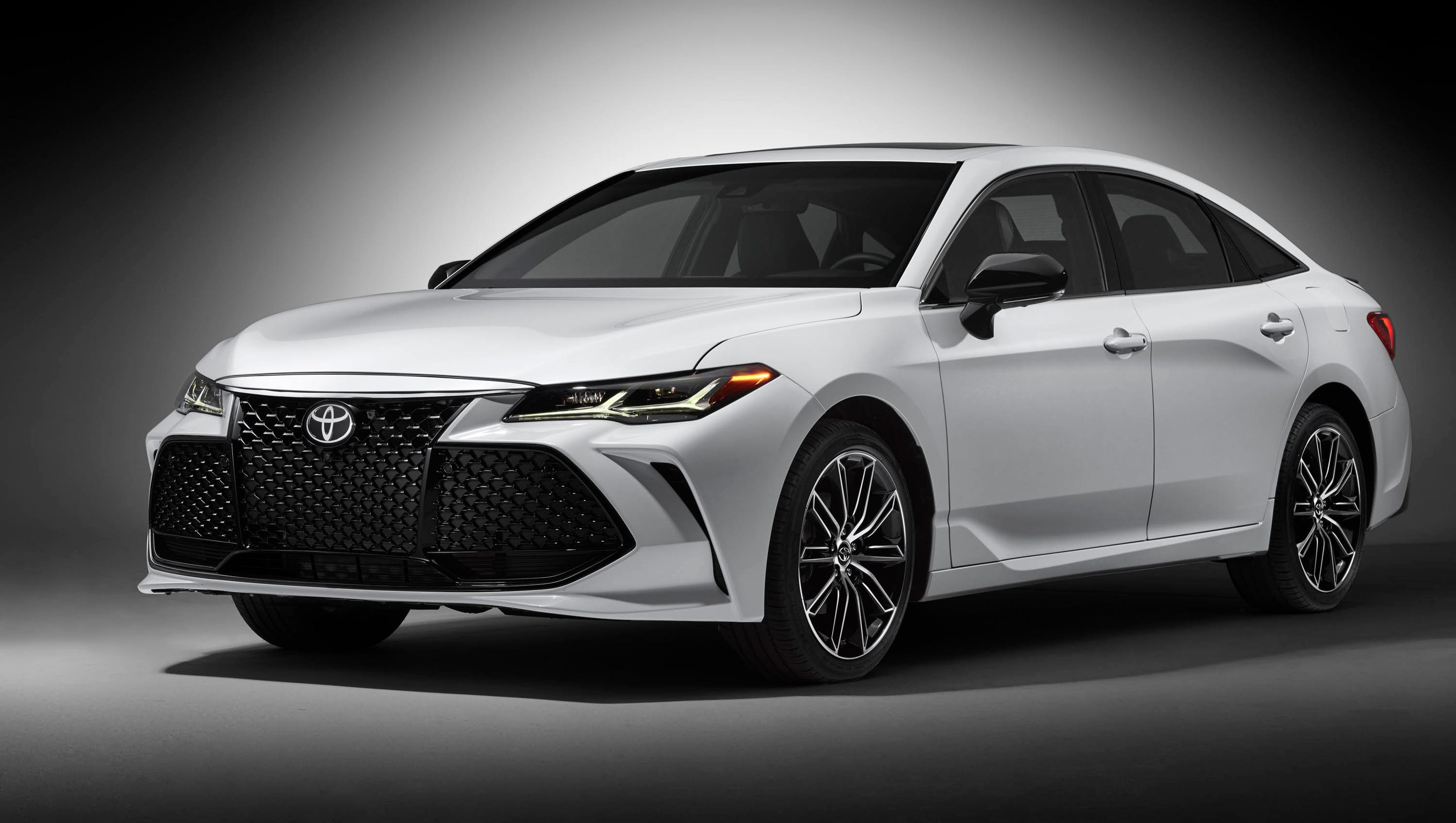 Detroit Auto Show 2019 Toyota Avalon looks good but faces tough market