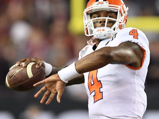 Deshaun Watson warms up before the national title game.