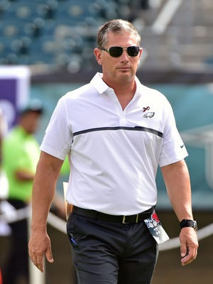 Philadelphia Eagles defensive coordinator Jim Schwartz looks on before a game against the Cleveland Browns on Sept. 11, 2016.