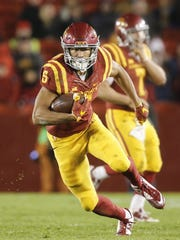 Iowa State wide receiver Allen Lazard runs the ball after catching a pass from quarterback Joel Lanning against Texas on Saturday, Oct. 31, 2015, at Jack Trice Stadium in Ames.